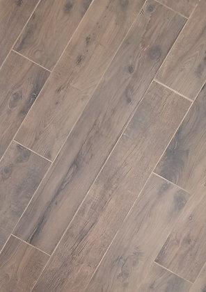 420629 - Woodlands Walnut