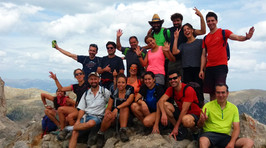 Amantes de la naturaleza de Yepalo en lo alto del Pedraforca