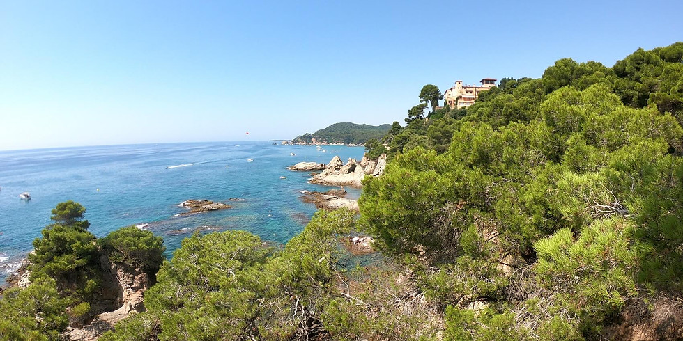 NEW YEAR TRIP - 3 days Hiking at Costa Brava - Sea and mountains