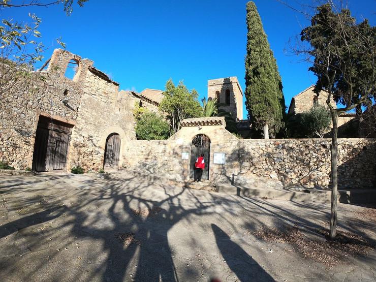 Hike to Santa Creu d'Olorda