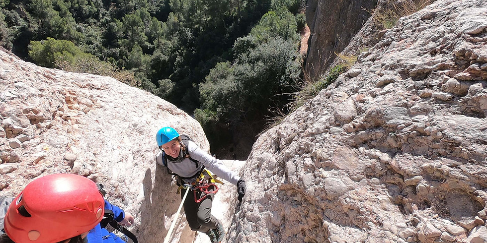 Canyoning at Montserrat - Tres en Ratlla - dry canyon