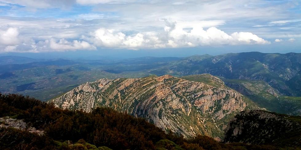 Hike to the top of la Sierra de Guara: el Tozal de Guara