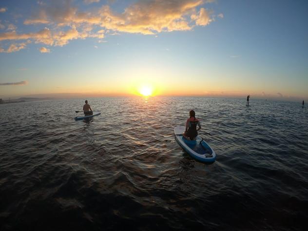 Stand Up paddle Barcelona Sunrise