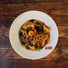 Spicy Pan Fried Spaghetti with Seafood and Hot Basil