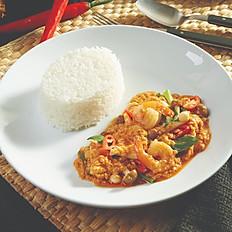 Stir Fried Curried Prawn & Chicken with Rice