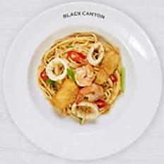Pan Fried Spaghetti with Curried Seafood