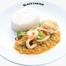 Stir Fried Curried Seafood with Rice