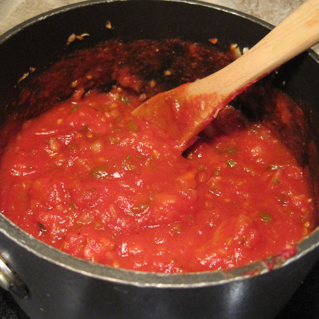 Cravings for food with pasta sauce like spaghetti or lasagna is a sign that you may need the many benefits of the tomato. Tomatoes are packed with nutrients that become even more potent when heated. The sauce can provide your body with antioxidants that give your body a natural sunscreen. The chromium, the fiber, and the biotin all help normalize sugar levels as well as make you feel fuller longer. No wonder, Italy is considered among the healthiest countries in the world.