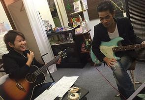 ギター 弾き語りレッスン