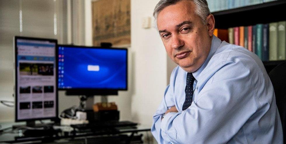 Maurizio Molinari orizzontale approvato.