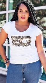 Nisha The Chameleon Diva