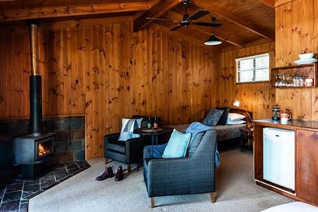 timber-cabins_granite-belt-retreat_749x5