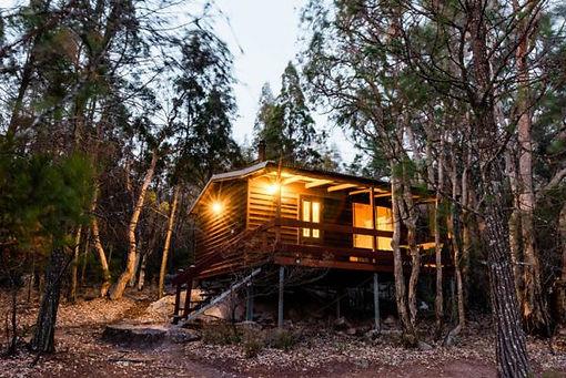 timber-cabins3_granite-belt-retreat_749x