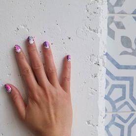 Hello watercolor nails!