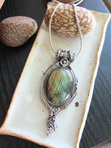 Root Necklace