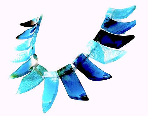 Blue Agate Spear 3 Dimensional Necklace
