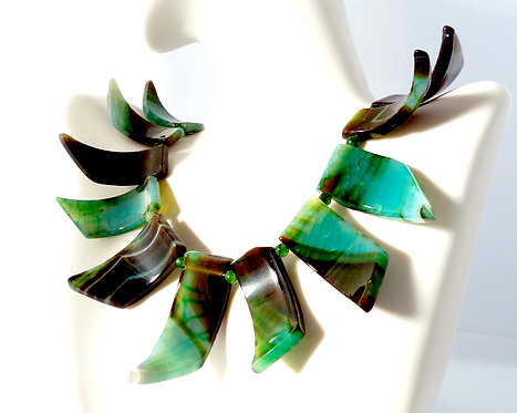 Green Spear Agate 3 Dimensional Necklace