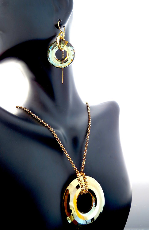 Golden Shadow Swarovski Crystal Ring Set