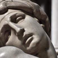 Michelangelo | tomba di Lorenzo de Medici duca di Urbino | Aurora | dettaglio