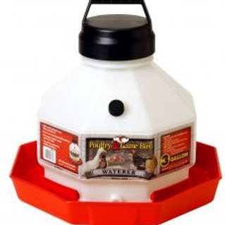3 to 7 Gallon Plastic Poultry Waterer