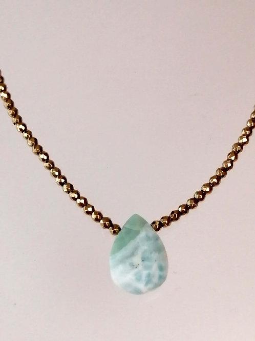 Collar Hematita dorada Piedra Larimar