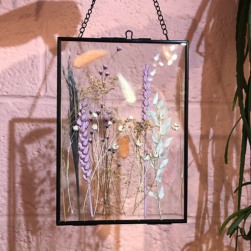 Dried flower frame