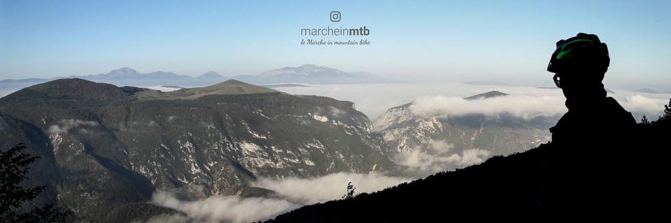 Salendo verso il Monte Cipollara