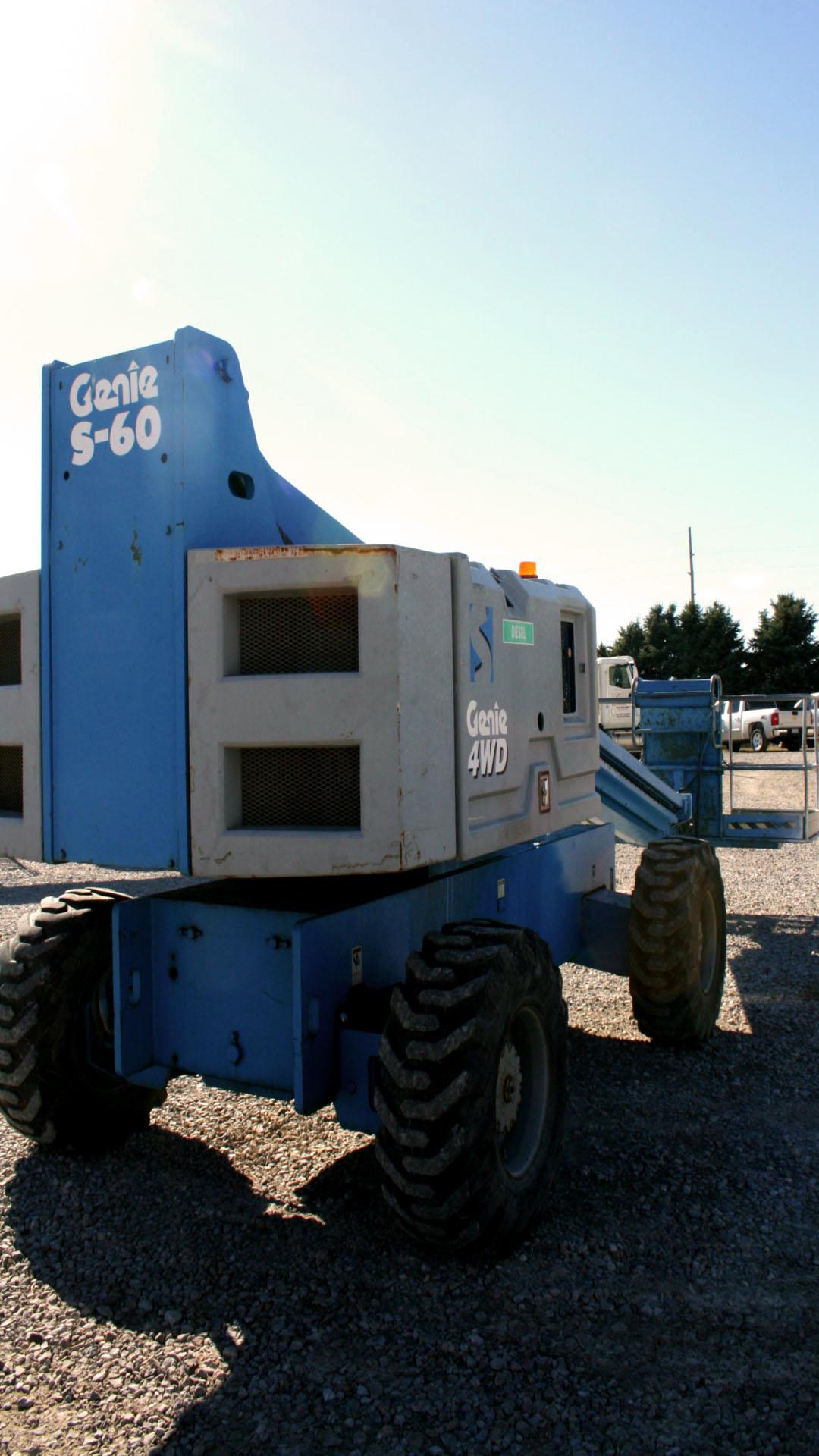 Genie S60 60 Foot 4wd Dual Fuel Boom