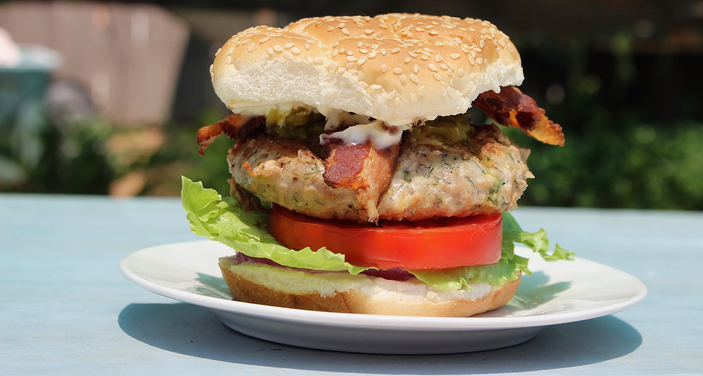 fresh tuna burger