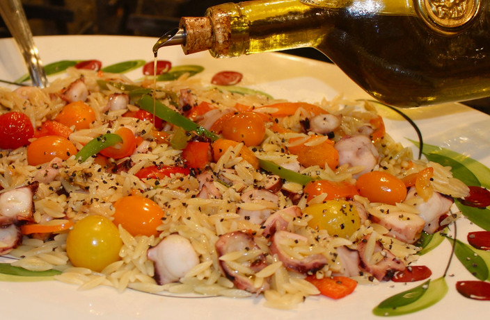 Orzo Pasta With Mom's Mixed Seafood