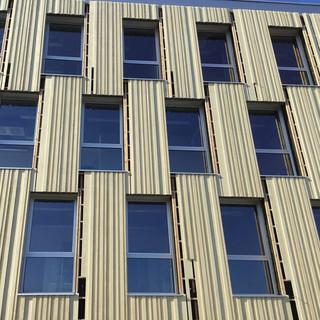 Hospital-Belgium-cladding-square-950x950