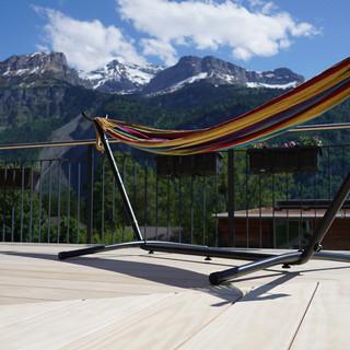 decking-with-hammock-hero-1900x960.jpg