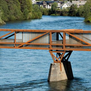 tinra-bridge-square-950x950.jpg