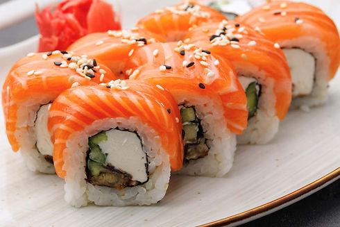 sushi-roll-plate.jpg