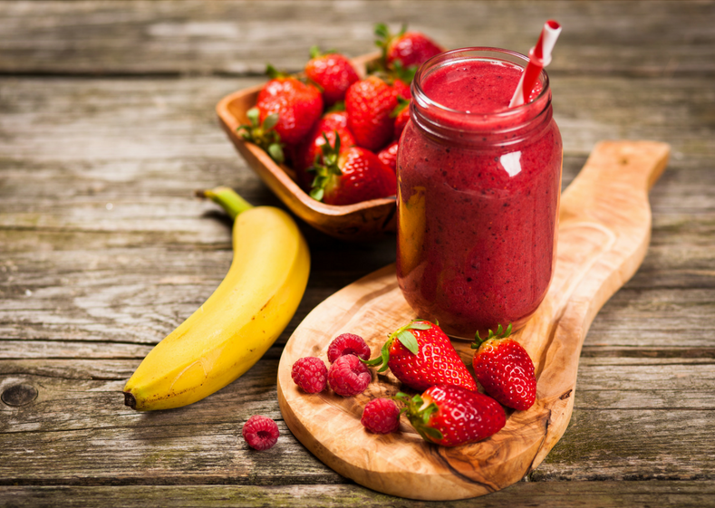 Website banner extra strawb banana Smoothie_edited