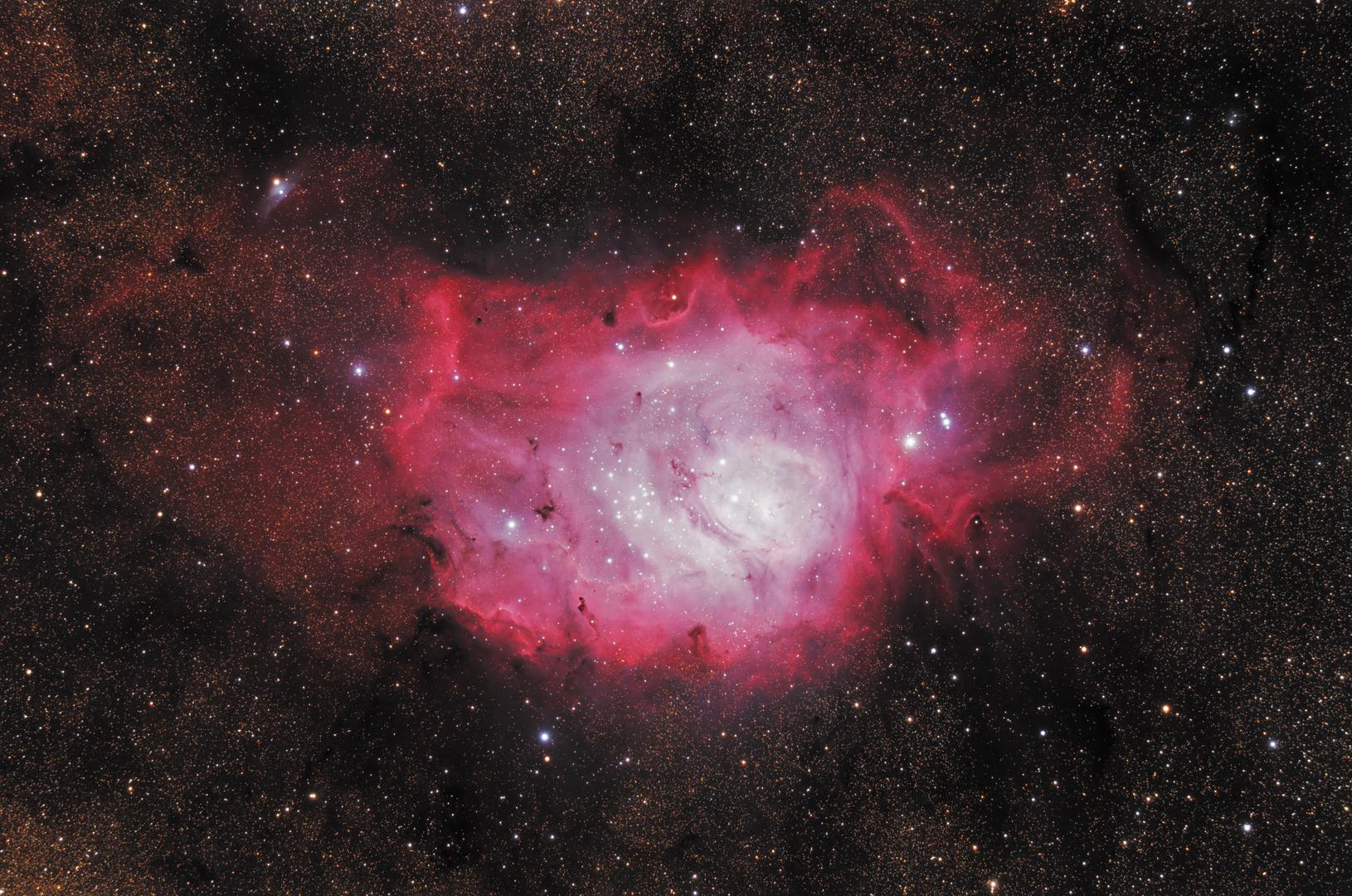 Lagoon-M8-2019-michaelastro.png