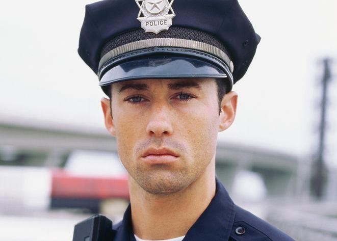 El policía joven