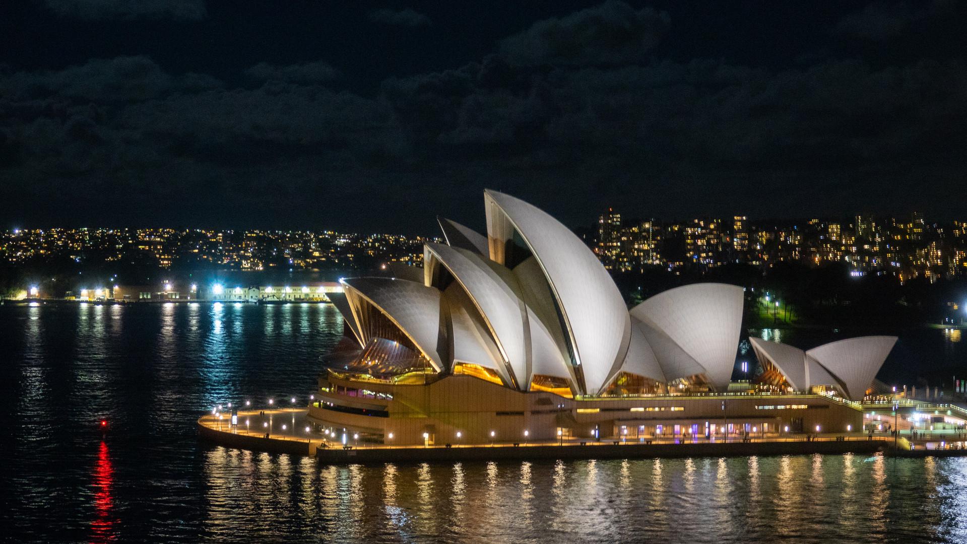 Night of the opera house