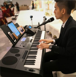 Wedding piano and sing.png