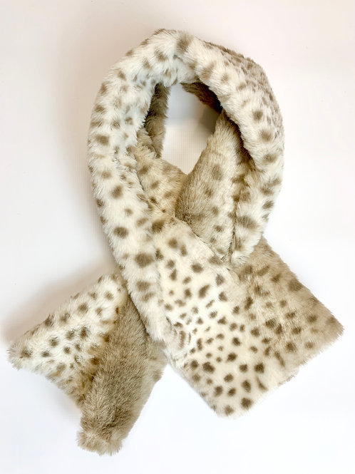 Faux Fur Leopard Print Tippet