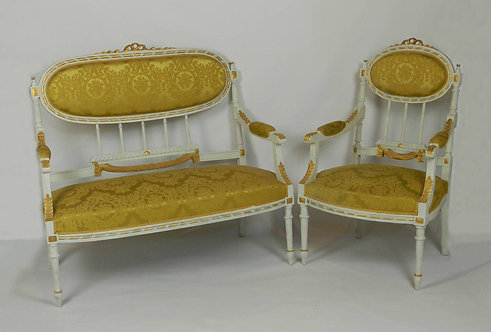 French Louis XVI Style Canapé Sofa/Settee with Arm