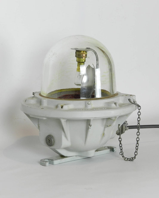 Large Spinning Bulk Head Industrial Light