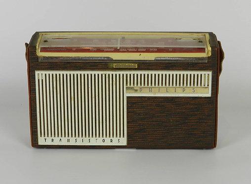 French 1961 Phillips Transistors Portable Radio LT