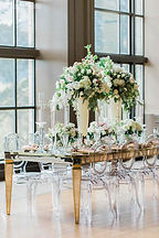 elegant-wedding-glamorous-indoor-garden-