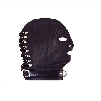Mask with D-Ring & Lockable Buckle Strap