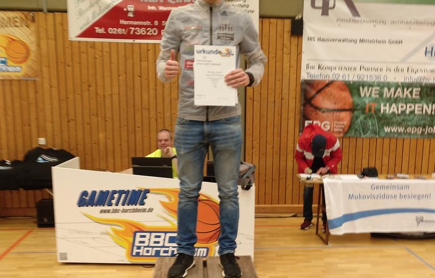 Patrick Brucker läuft in Koblenz zum Sieg