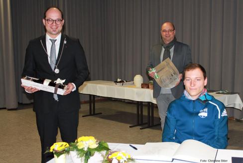 Patrick Brucker erhält Hofstetter Ehrenamtspreis 2020