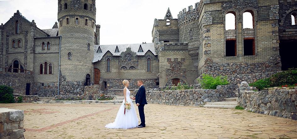 """Свадьба в замке со студией торжеств """"ДИНАСТИЯ"""" - выездное обслуживание, кейтеринг"""