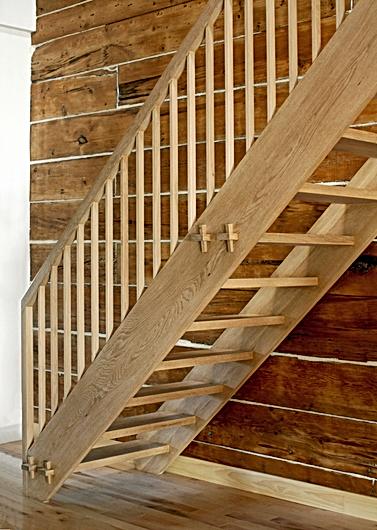 FG artisan   escalier : échelle de meunier