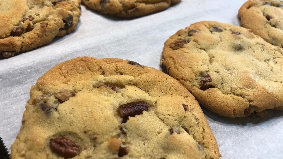 """Cookie Jar REMIX"" - Chocolate Chip Cookie with pecans"